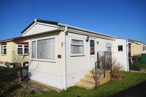 1 Bedroom Detached House for sale in a Selwood Park, Bournemouth