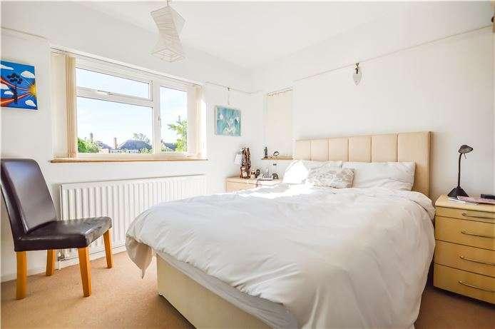 4 Bedrooms Detached House for sale in Queen Edith's Way, Cambridge