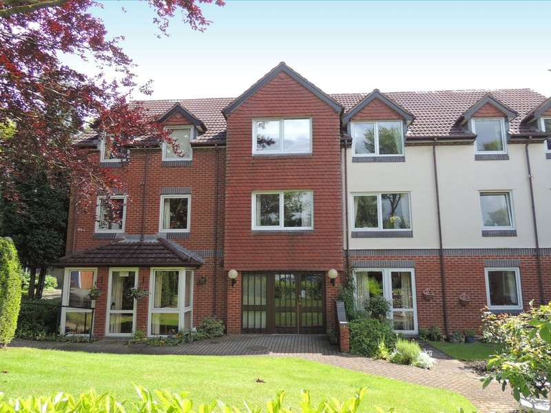 2 Bedrooms Flat for sale in Blythe Court, Grange Road