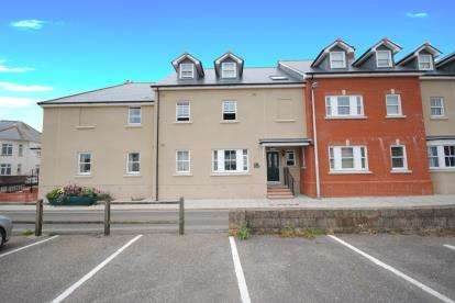 1 Bedroom Flat for sale in Sidmouth, Devon, United Kingdom