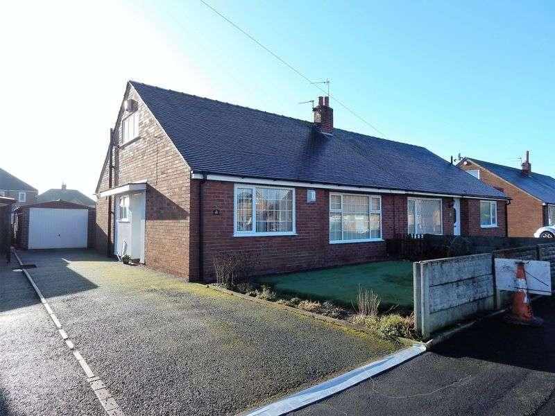 2 Bedrooms Semi Detached Bungalow for sale in Manor Lane, Penwortham, Preston