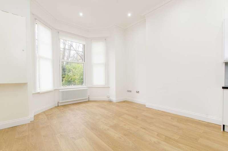 1 Bedroom Flat for sale in Kings Avenue, Brixton, SW4