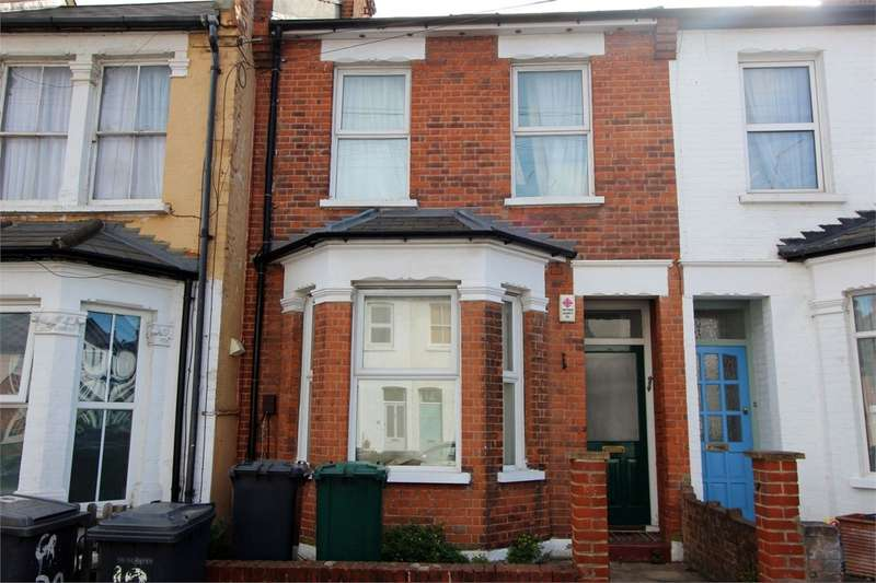 3 Bedrooms Terraced House for sale in Brackenbury Road, East Finchley, London