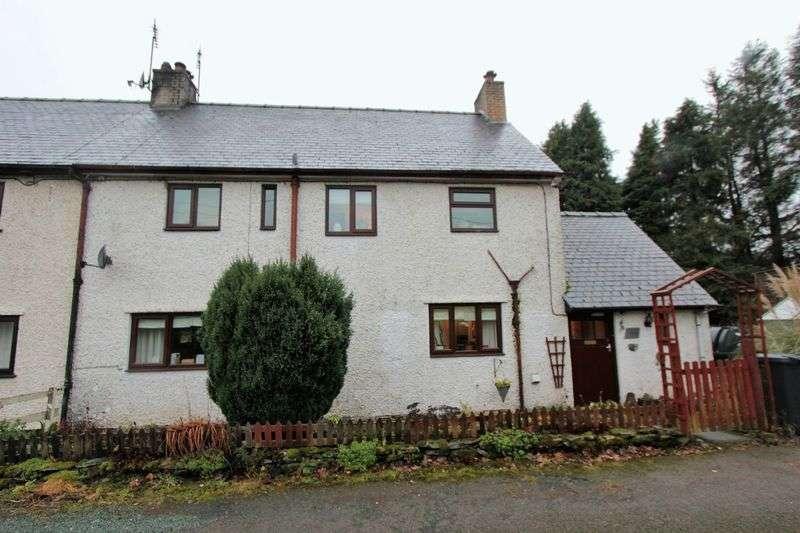 3 Bedrooms Semi Detached House for sale in Pentre Llyn Cymmer, Corwen