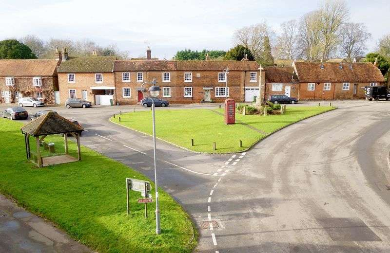 2 Bedrooms House for sale in Brill, Buckinghamshire