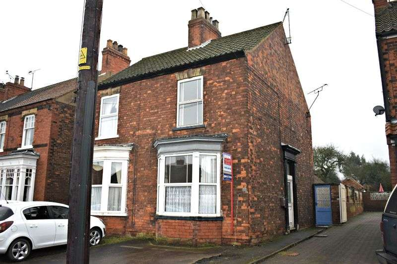 2 Bedrooms Semi Detached House for sale in Westfield Road, Barton-Upon-Humber