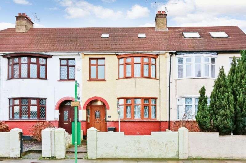 4 Bedrooms Terraced House for sale in Prince Avenue, Westcliff-On-Sea