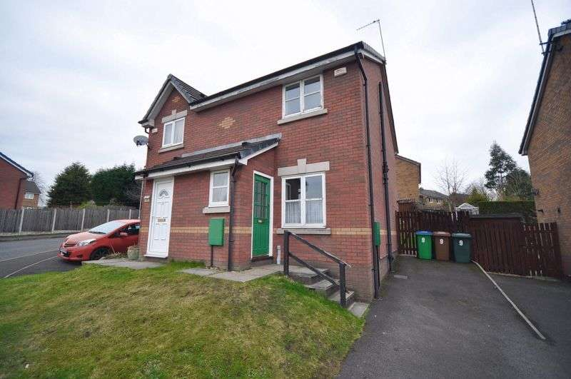 2 Bedrooms Semi Detached House for sale in Langholme Way, Heywood