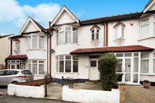 3 Bedrooms Terraced House for sale in Headcorn Road, Thornton Heath