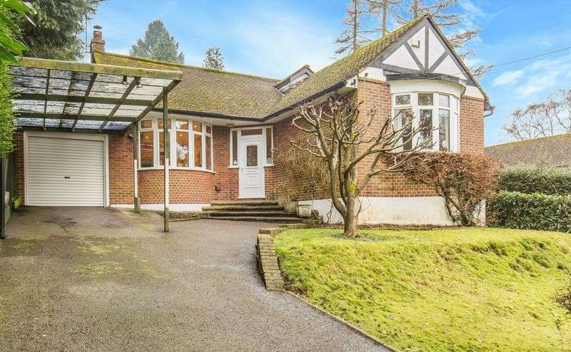 2 Bedrooms Detached Bungalow for sale in Roffes Lane, Caterham