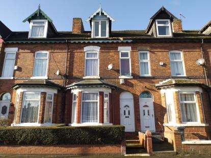 4 Bedrooms Terraced House for sale in Longford Place, Manchester, Greater Manchester, Uk