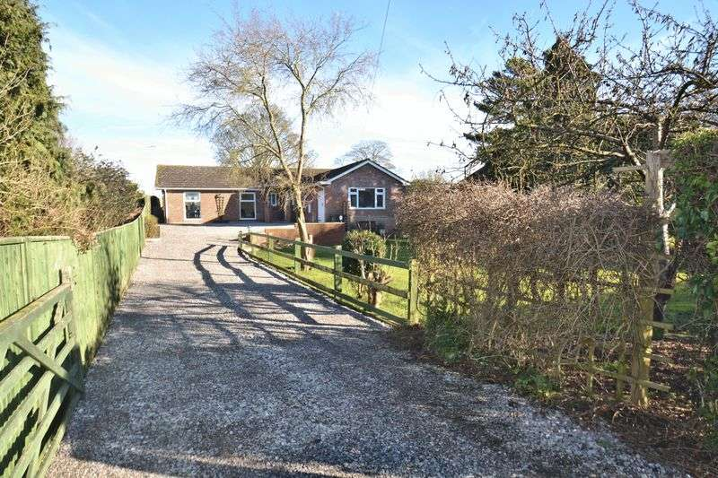 4 Bedrooms Detached House for sale in New Road, East Hagbourne