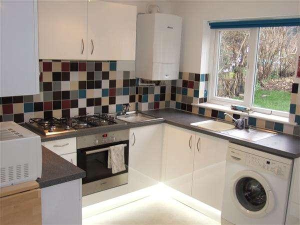 6 Bedrooms Property for rent in Bevendean Crescent, Brighton