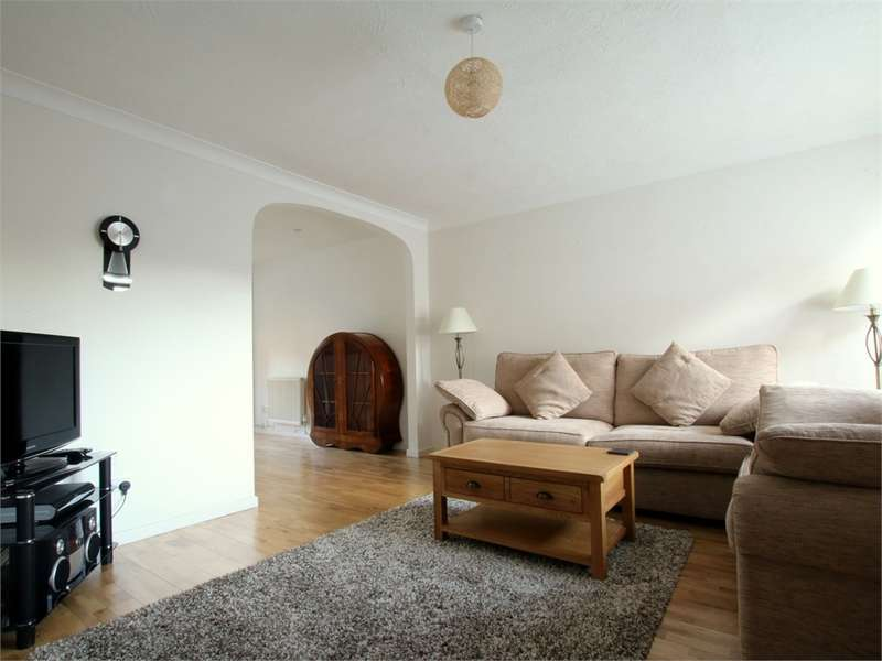 3 Bedrooms Detached House for sale in Eynesbury, ST NEOTS