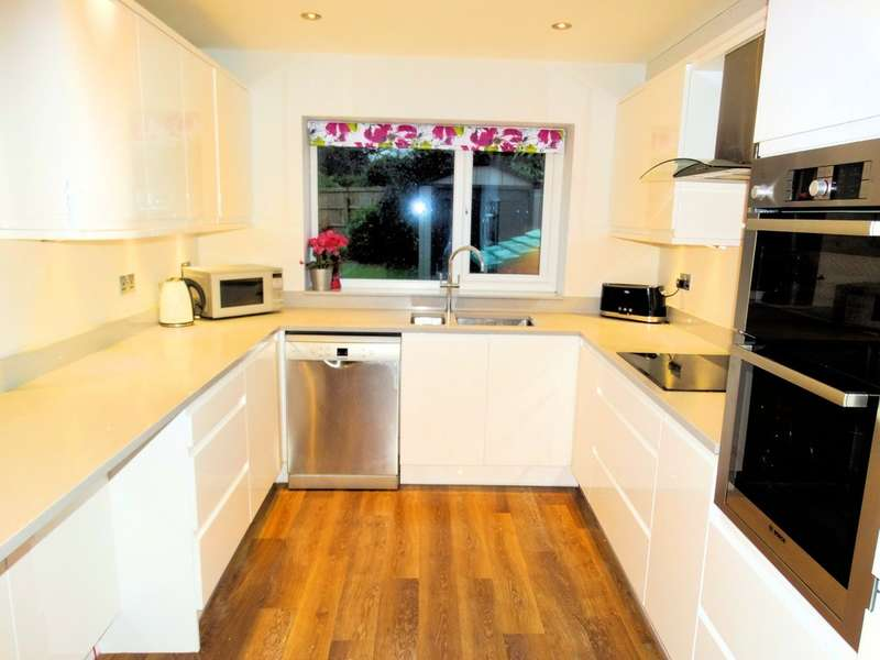 4 Bedrooms Semi Detached House for sale in Reservoir Road, Solihull