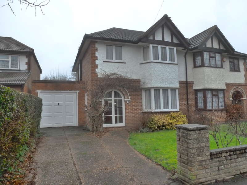 3 Bedrooms Semi Detached House for sale in Byron Road, South Croydon