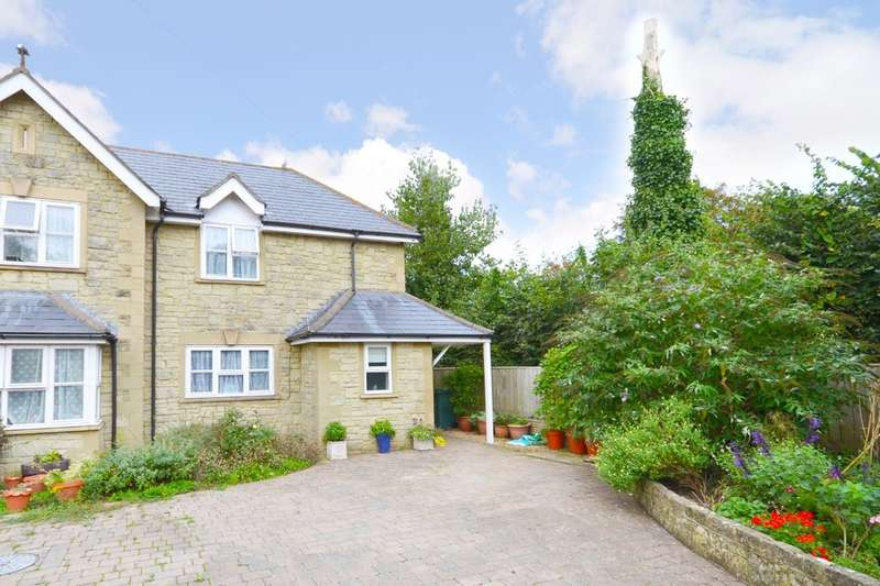 3 Bedrooms Semi Detached House for sale in Godshill, Isle Of Wight