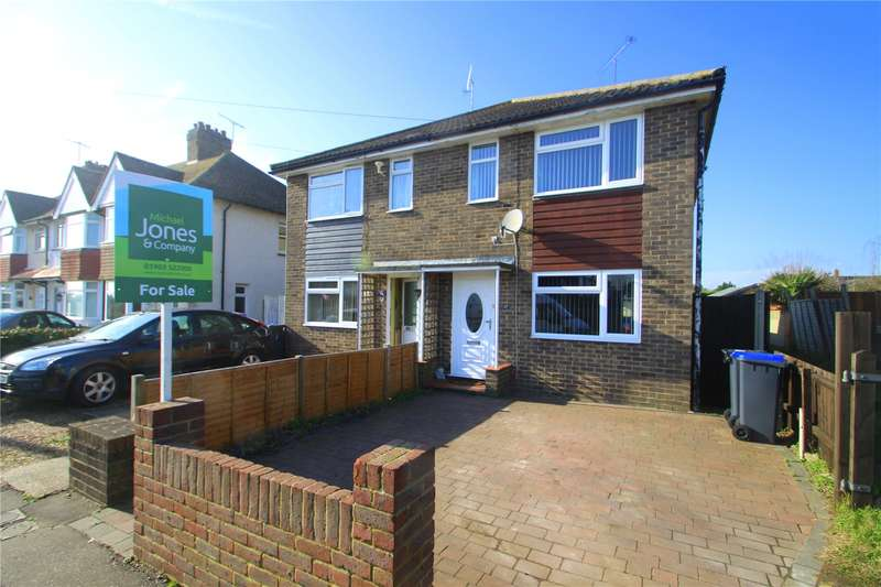 3 Bedrooms Semi Detached House for sale in Hillrise Avenue, North Sompting, West Sussex, BN15