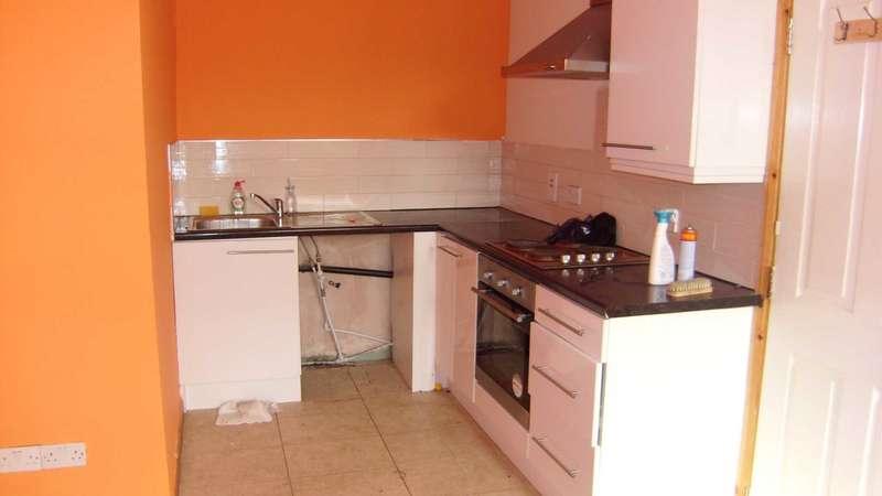 1 Bedroom Flat for rent in Market Street, Heckmondwike