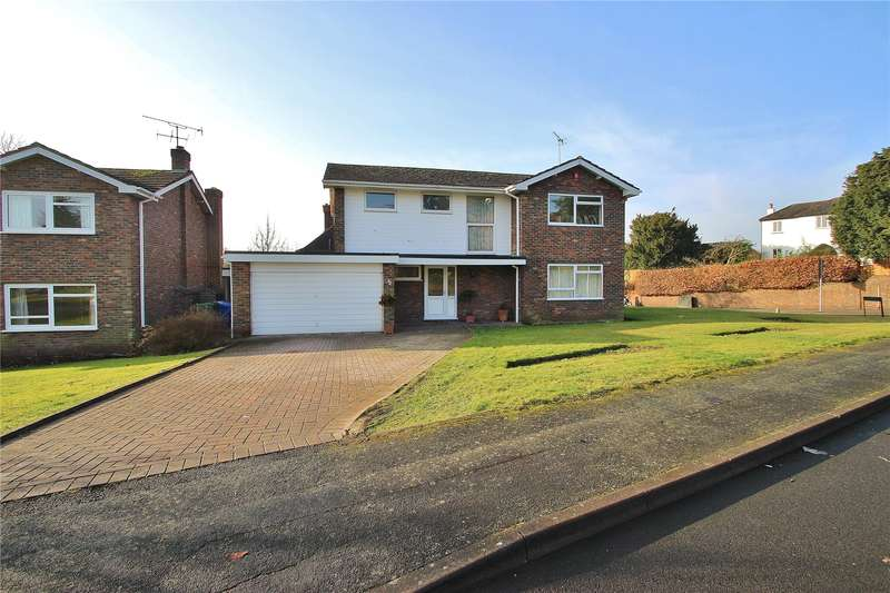 4 Bedrooms Detached House for sale in Lych Way, Horsell, Surrey, GU21