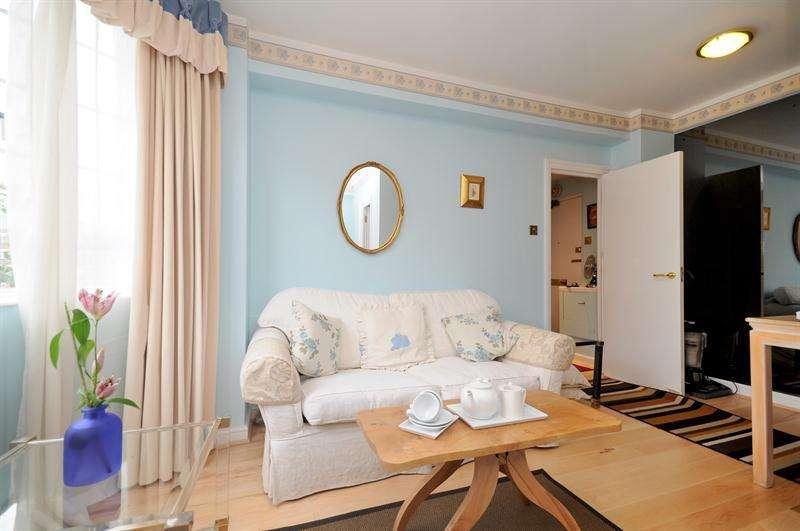 1 Bedroom Flat for sale in Chelsea Cloisters, Sloane Avenue, Chelsea, London, SW3