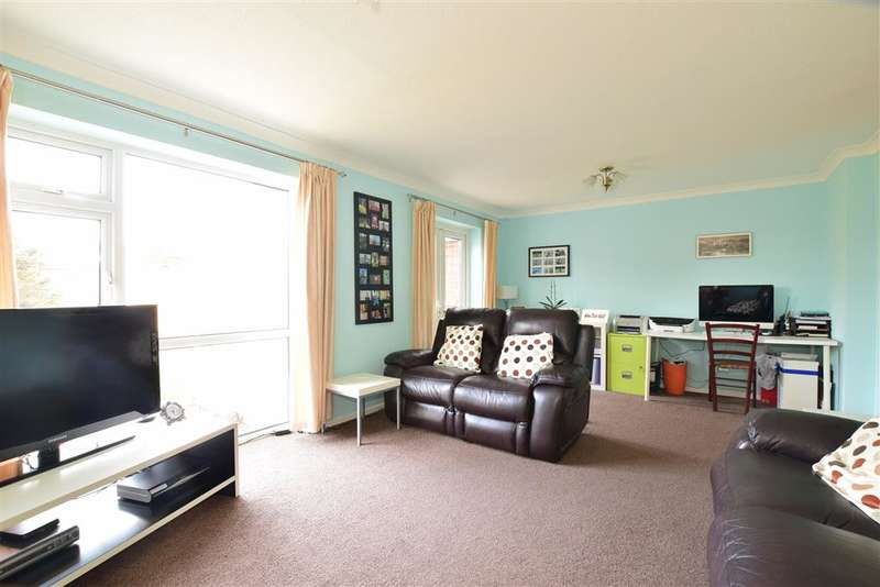 4 Bedrooms Detached House for sale in Flansham Park, Bognor Regis, West Sussex