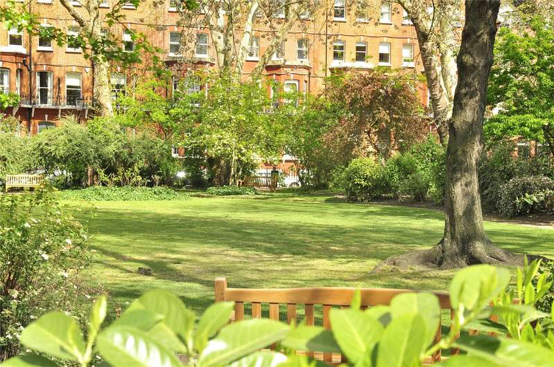 3 Bedrooms Flat for sale in Tedworth Square, London, SW3