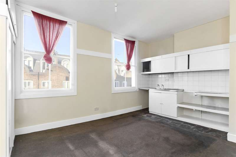 Studio Flat for sale in Moore Park Road, Fulham Broadway, Fulham, London, SW6