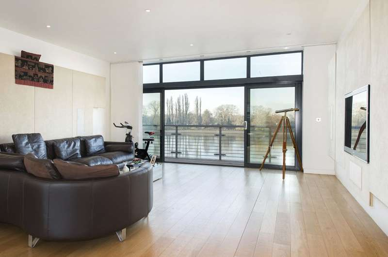 4 Bedrooms End Of Terrace House for sale in Water's Edge, Palemead Close, Alphabet Streets, Fulham, SW6