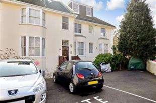 1 Bedroom Flat for sale in Grove Villa, York Grove, Brighton, East Sussex