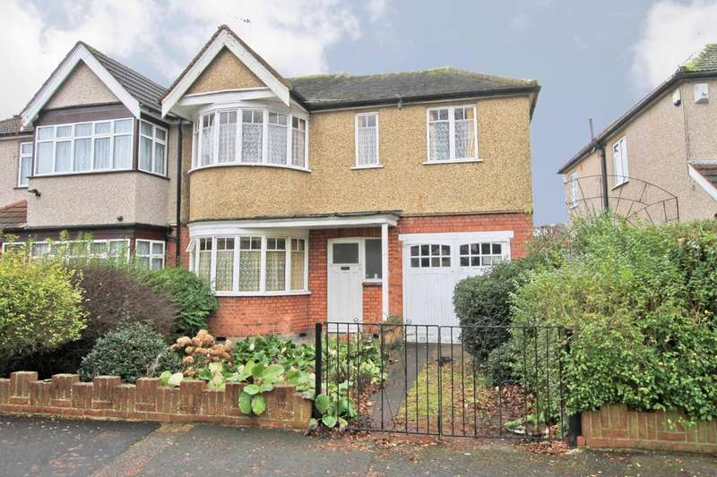 4 Bedrooms Semi Detached House for sale in Torbay Road, Harrow