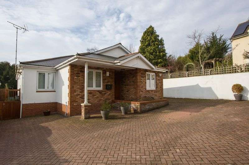 4 Bedrooms Detached Bungalow for sale in Westcliffe Gardens, Dinas Powys