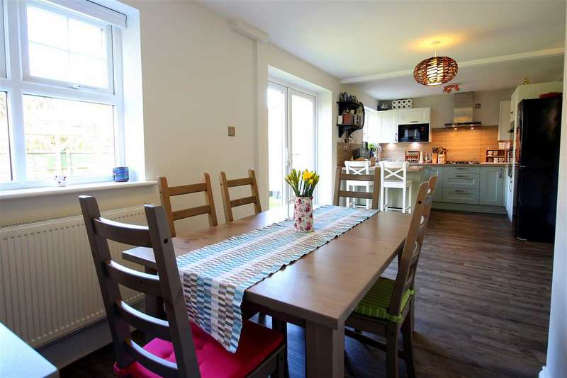 5 Bedrooms House for sale in Tutor Close, Hamble, Southampton