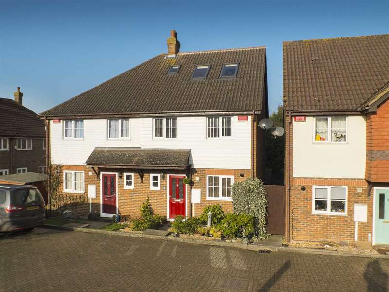 5 Bedrooms Semi Detached House for sale in Ashdown Field, Bolts Hill, Chartham