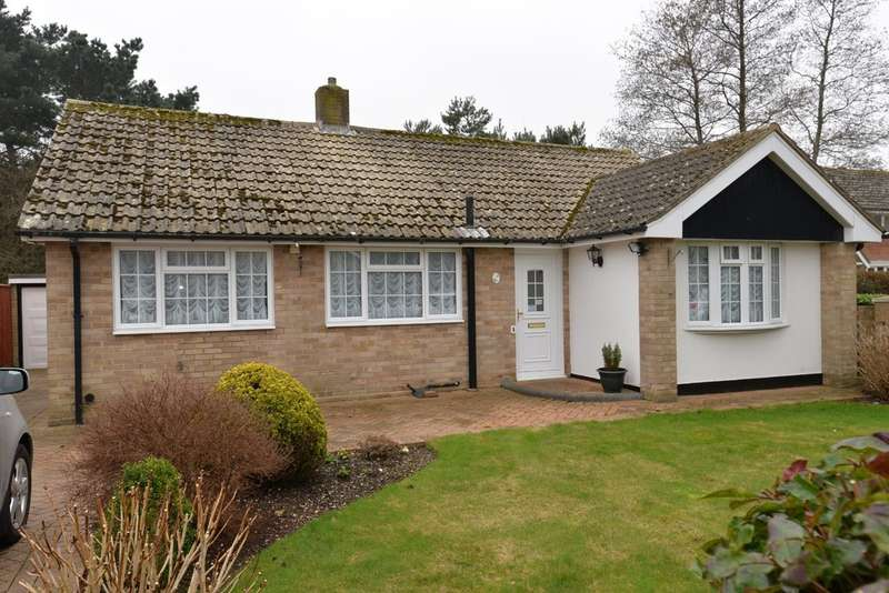 2 Bedrooms Detached House for sale in Glen Close, Barton On Sea