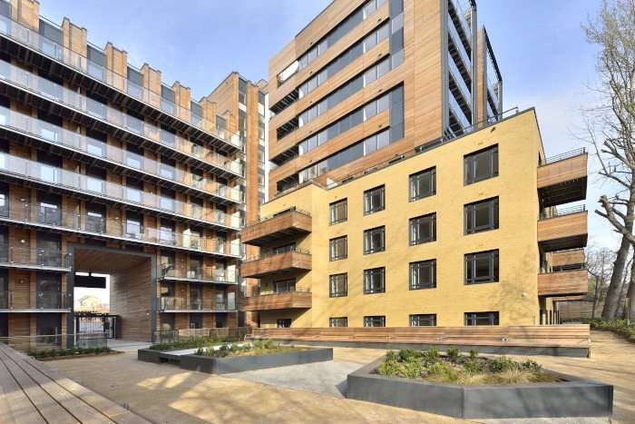 2 Bedrooms Flat for sale in City Wharf, Wharf Road, London, N1