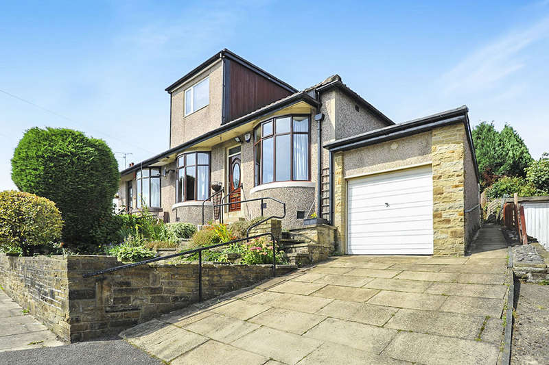 3 Bedrooms Semi Detached Bungalow for sale in Hutton Road, Bradford, BD5
