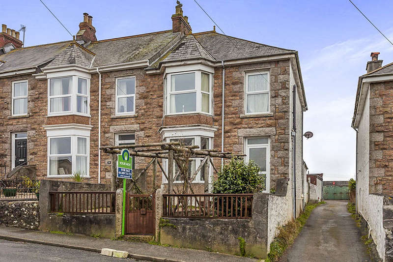 2 Bedrooms Semi Detached House for sale in Cadogan Road, Camborne, TR14