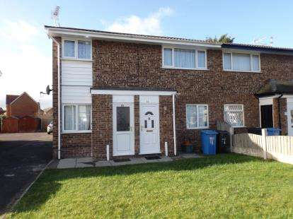 2 Bedrooms Flat for sale in Lon Brynli, Prestatyn, Denbighshire, LL19