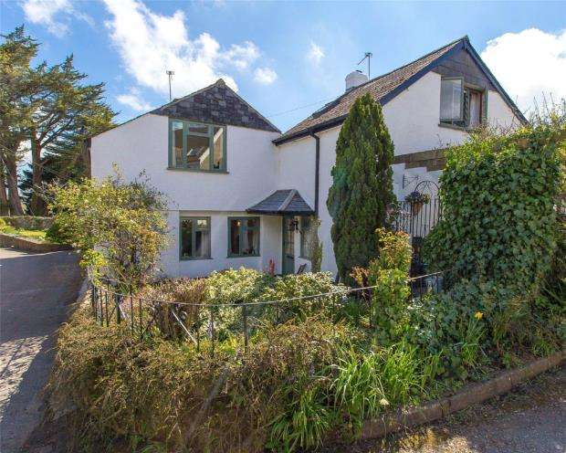 4 Bedrooms Semi Detached House for sale in Bickington, Newton Abbot, Devon