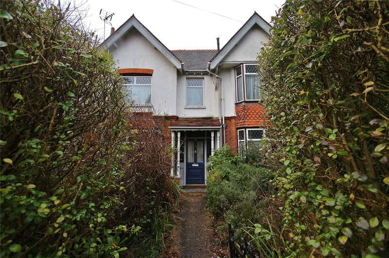 4 Bedrooms Detached House for sale in The Grove, Horsell, Surrey, GU21