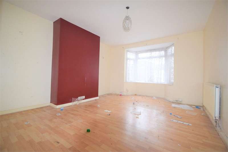 3 Bedrooms Semi Detached House for sale in Stapleton Gardens, Croydon, Surrey