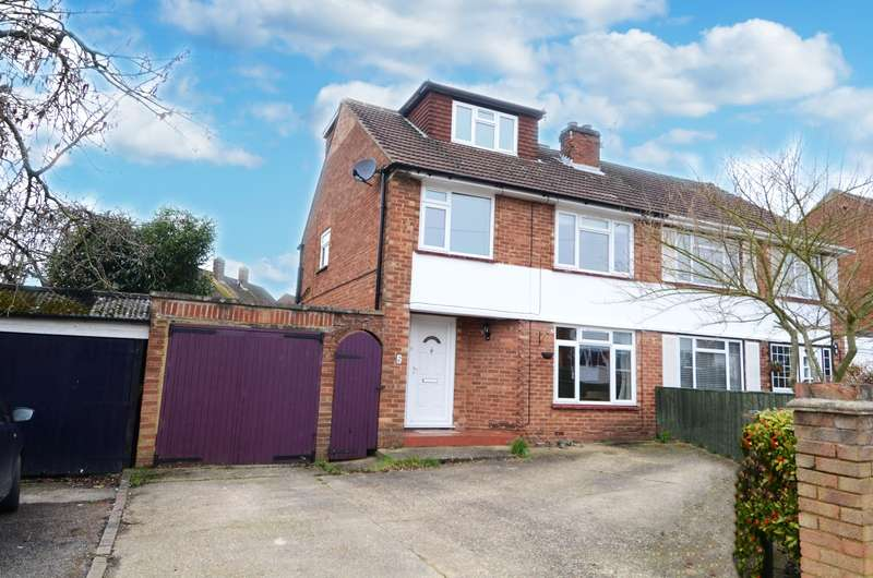 4 Bedrooms Semi Detached House for sale in Woodlane Close, Flackwell Heath, HP10