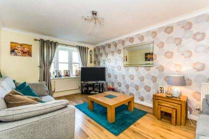 4 Bedrooms Detached House for sale in Rayners Close, Stalybridge, Greater Manchester