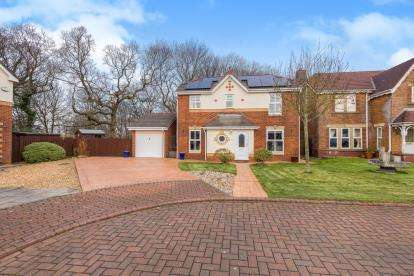 3 Bedrooms Detached House for sale in Holland House Road, Walton-Le-Dale, Preston, Lancashire