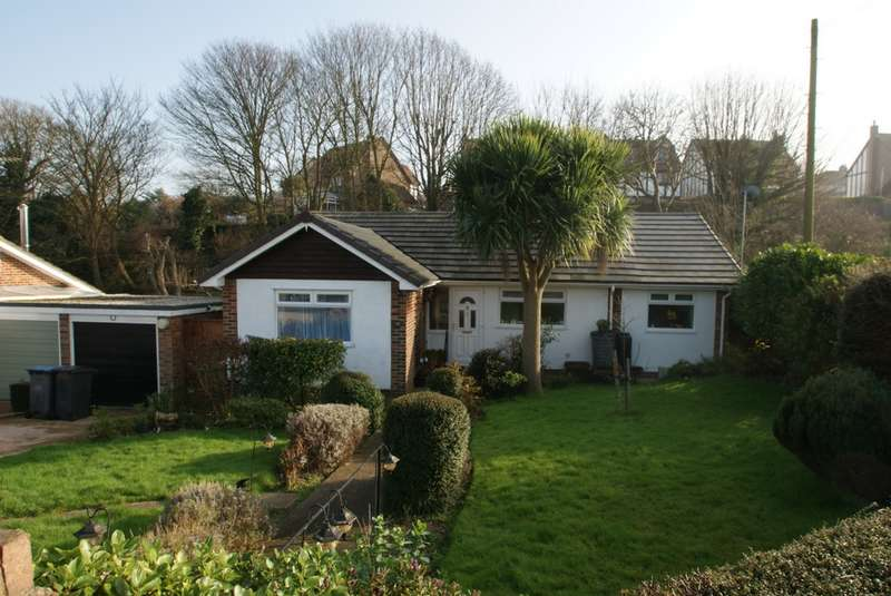 2 Bedrooms Bungalow for sale in Balmoral Road, Deal, CT14