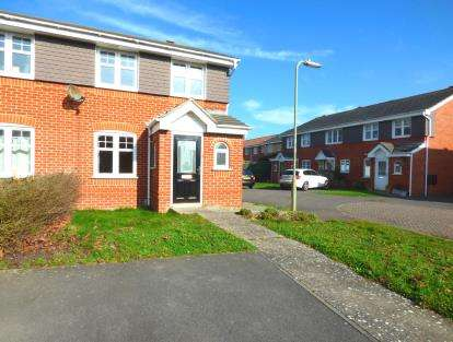 3 Bedrooms Semi Detached House for sale in Priddys Hard, Gosport, Hampshire