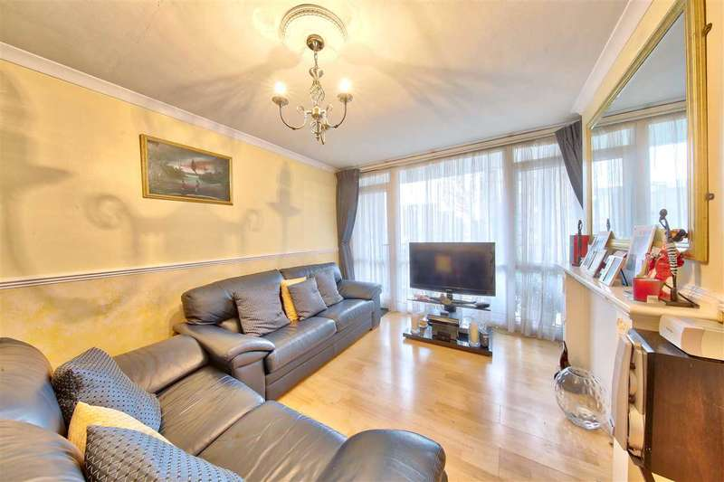 3 Bedrooms Flat for sale in Hillingdon Street, Walworth