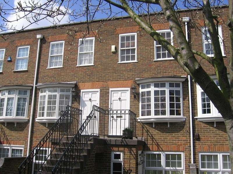 2 Bedrooms House for sale in Gainsborough Square, Bexleyheath, Kent, DA6