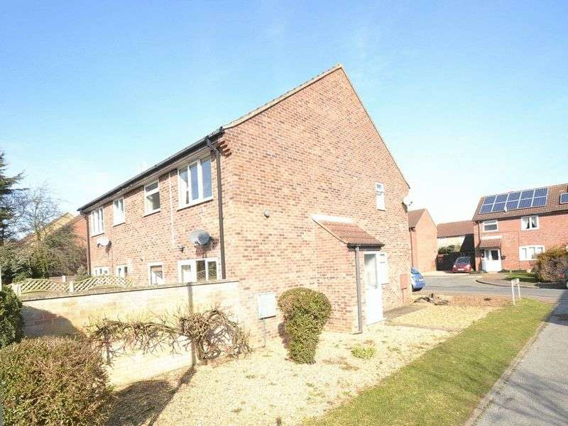 1 Bedroom Terraced House for sale in Sawyers Close, New Costessey, Norwich